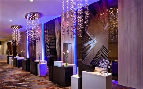 Front Desk of Swissotel Chicago