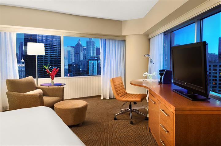 Corner Executive Suite im Swissôtel Chicago