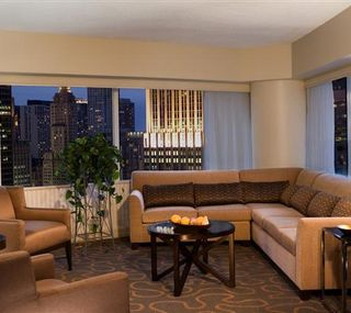 'Corner Executive Suite Double at Swissotel Chicago