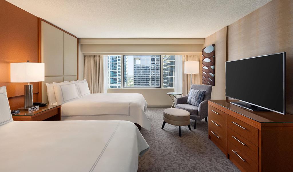 Swissotel Chicago Bünyesinde Köşe Executive Suit