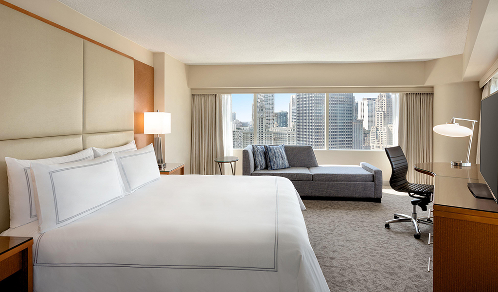 Premier Corner King at Swissotel Chicago