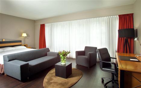 Junior Suite im Swissôtel Amsterdam