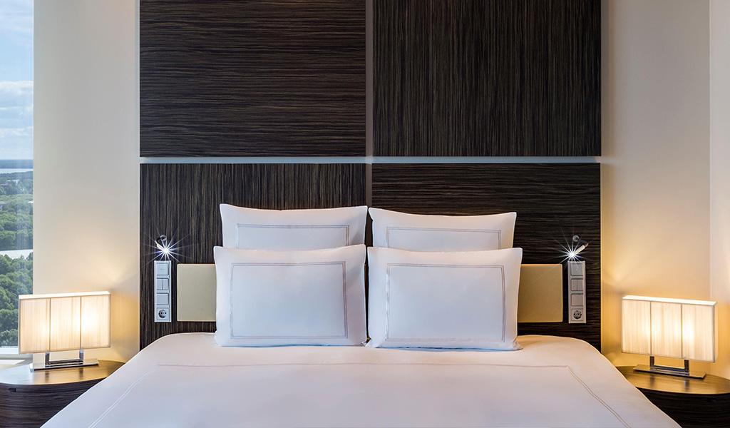 Swissotel Tallinn'deki Executive Tek Büyük Yataklı Oda
