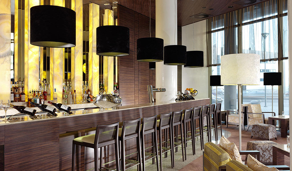 No3 Deli Lounge & Bar в отеле Swissotel, Таллин