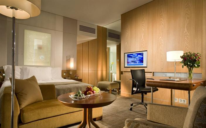 Business Advantage Room at Swissotel Krasnye Holmy