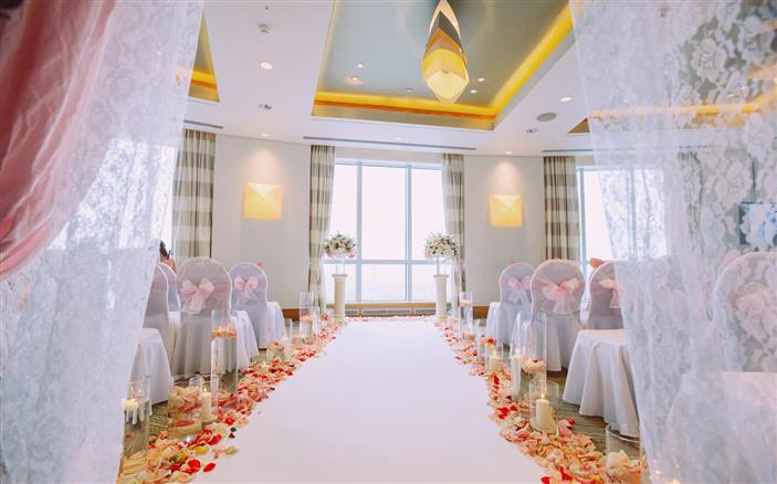 Have your wedding at Davos