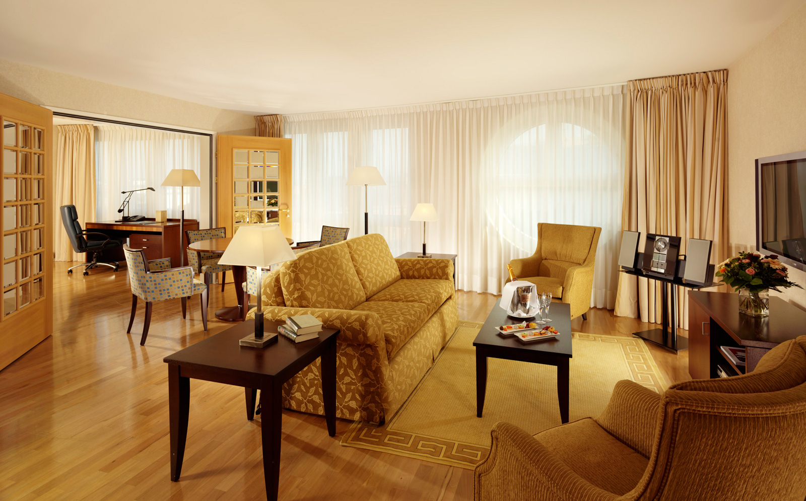 Presidential Suite at Swissotel Le Plaza, Basel
