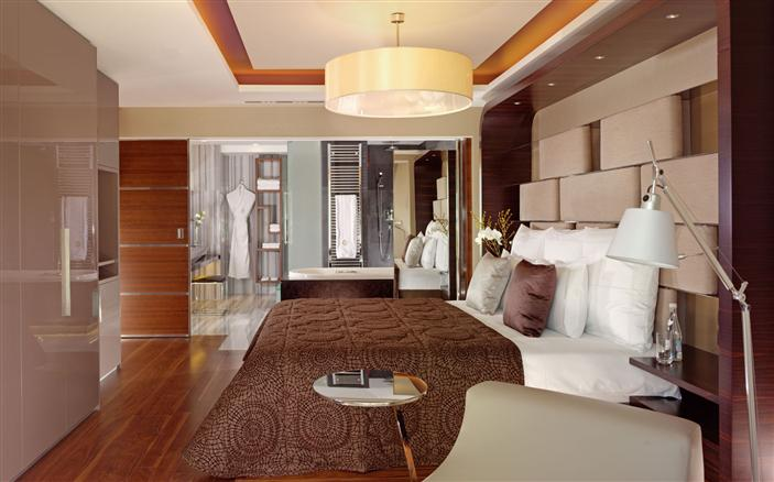 1 Bedroom Bosphorus View Corner Suite