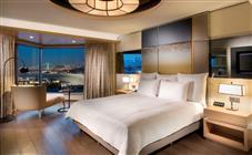 Jacuzzi Suite at Swissotel The Bosphorus