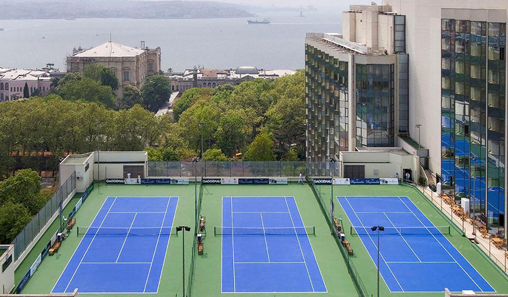 テニスクラブ