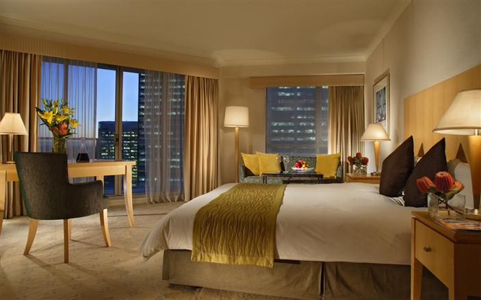Premier Balcony Room at Swissotel Sydney