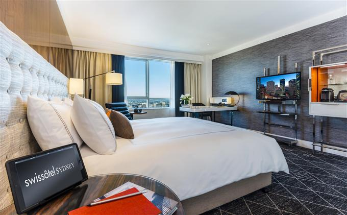 Signature Skyline Room