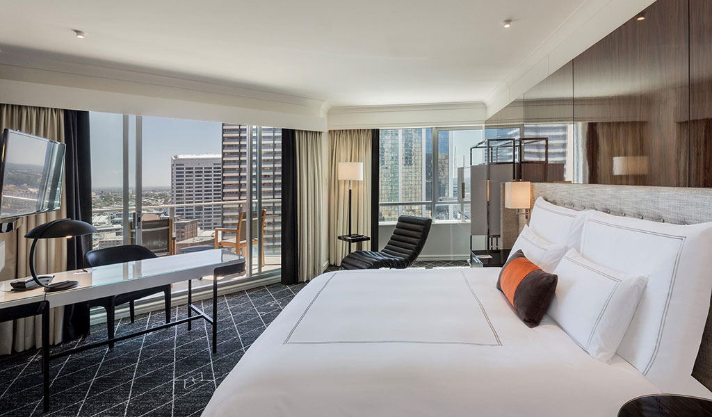 Corner Balcony Room at Swissotel Sydney