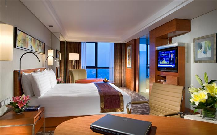 Swiss Executive Room at Swissôtel Foshan