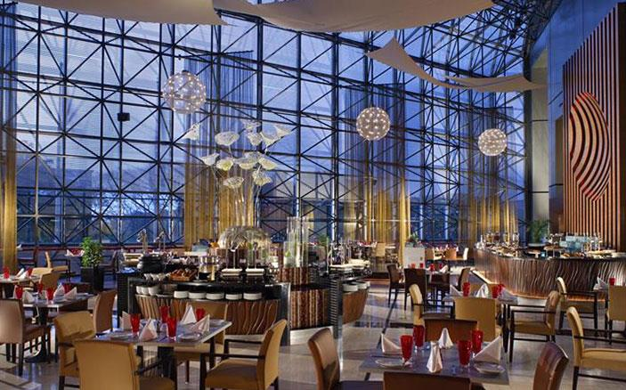 Cafe swiss dining luxury hotel singapore swissotel for W hotel in room dining menu singapore