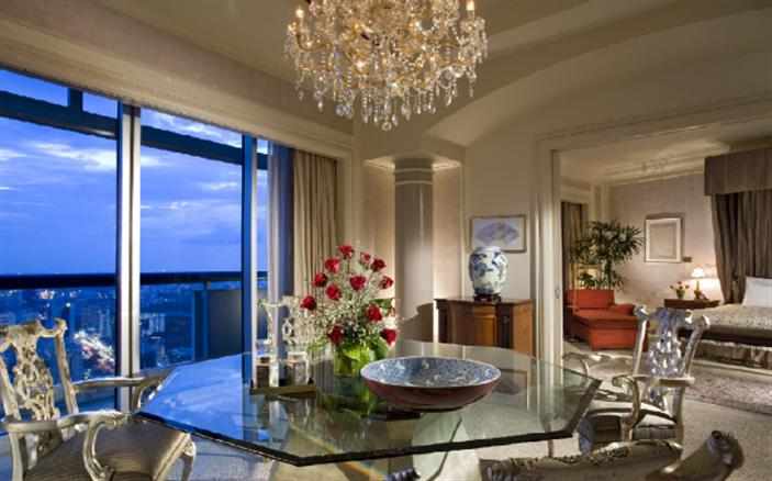 Presidential Suite at Swissotel The Stamford