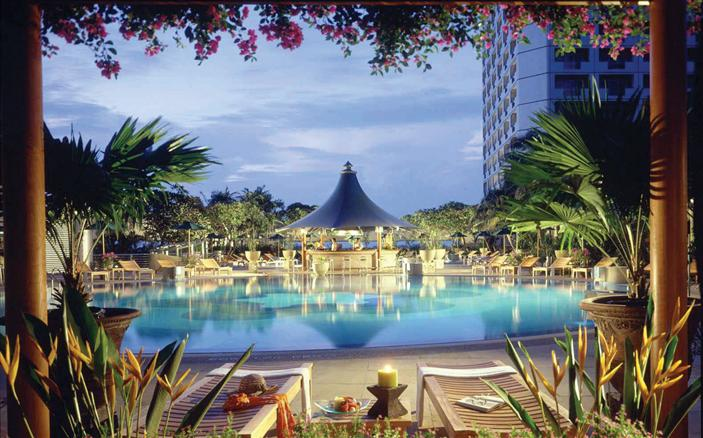 Swimming Pool at the Swissotel Stamford Singapore