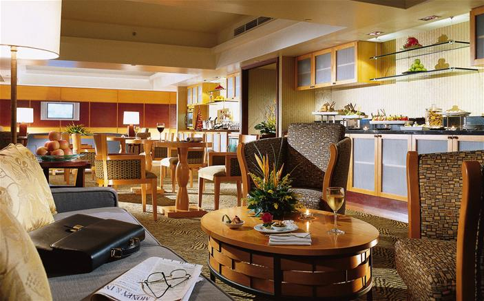 Swiss Executive Club Lounge at Swissotel Stamford