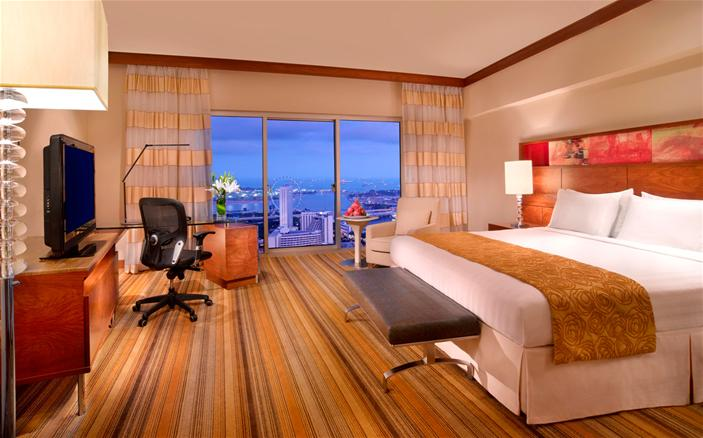 Classic Harbour View Room at Swissotel Stamford