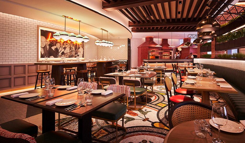 Swissotel The Stamford'da Prego Restaurant Deli