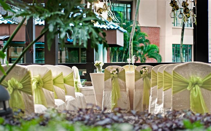 Weddings at Swissôtel Merchant Court