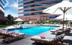 Swimming Pool at Swissotel Le Concorde Bangkok