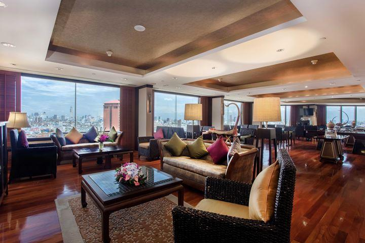 Executive Club Lounge at Swissotel Le Concorde