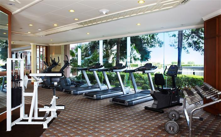 Gym at Swissotel Le Concorde