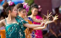 Праздник памяти Тхао Тхеп Красаттри и Тхао Сисунтхон