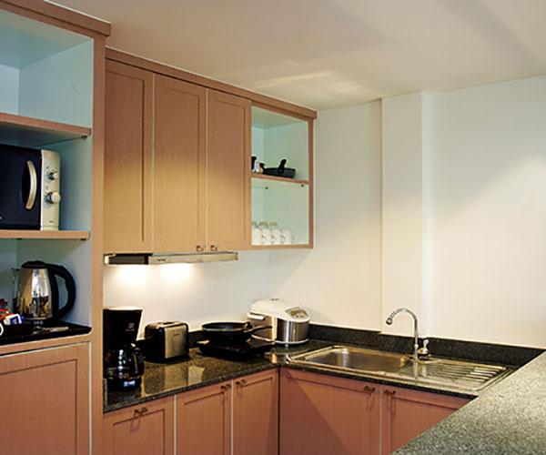 Suite Kitchenette - Swissotel Phuket