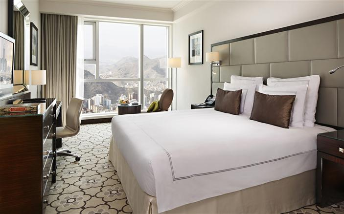 Classic Bedroom at Swissotel Makkah