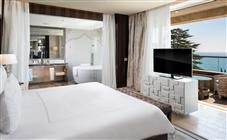 Presidential Suite at Swissotel Kamelia