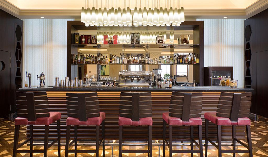Swissotel Kamelia'da Lobi Bar