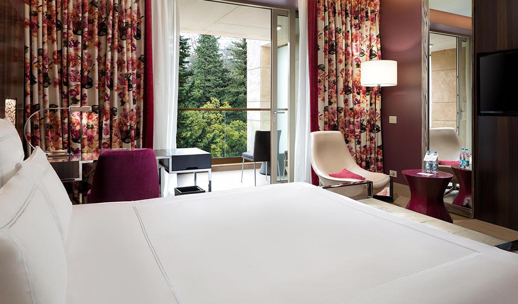 Chambre Swiss Advantage du Swissôtel Kamelia
