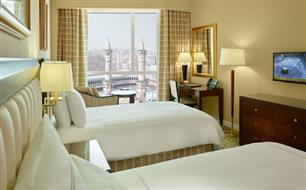 Guest Room at Swissotel Al Maqam