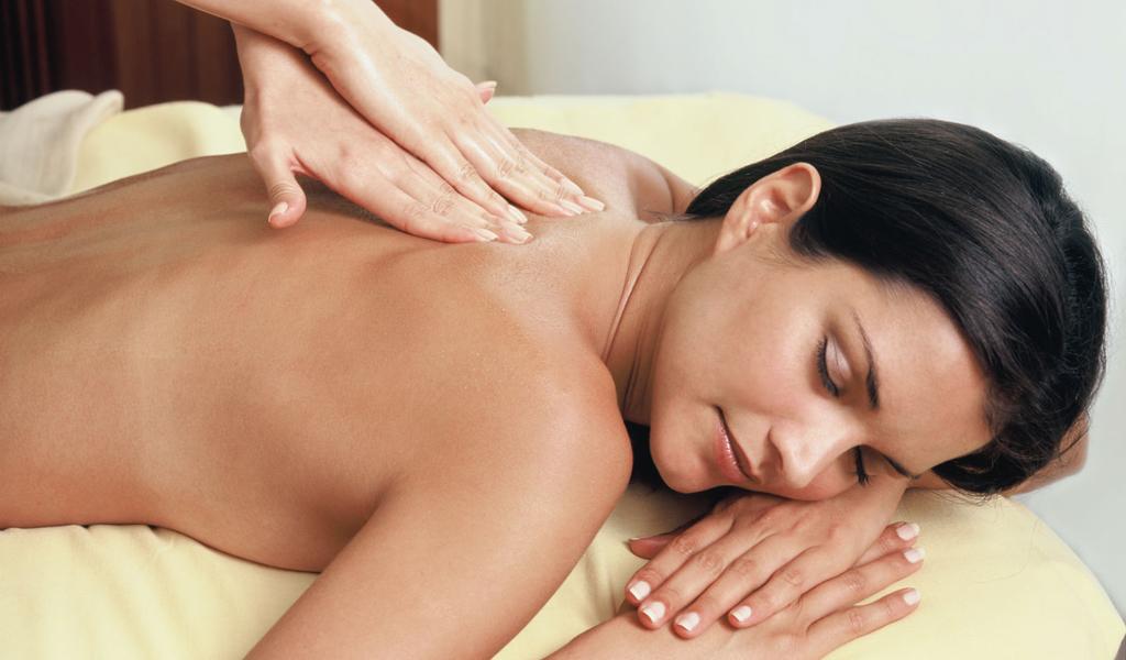 Горный массаж Pürovel с использованием камней