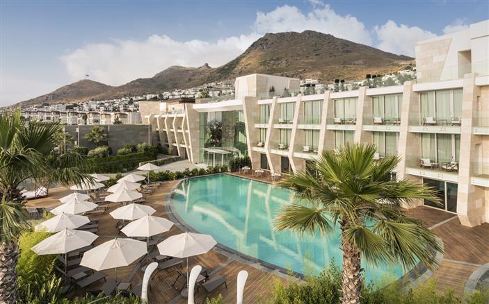 indoor-outdoor-pools - Swissotel Resort, Bodrum Beach