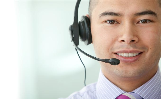 35420270-asian-customer-services